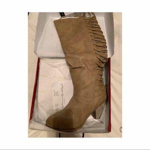 Brand New Liliana Boots